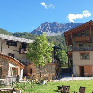 bergwandelvakantie langs albergo's